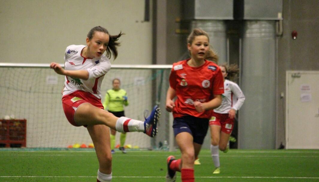 Synne Dalsegg Løseth scoret ett av målene for rindalsjentene.