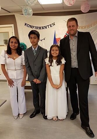 Til sin 1.communionsfest har jentene lange, hvite kjoler, og i mer katolske land har guttene hvite dresser