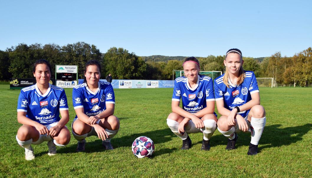 Kaia Vikavoll, Agnes Vikavoll, Karen Grytskog Skralthaug og Beret Grytskog Skralthaug.