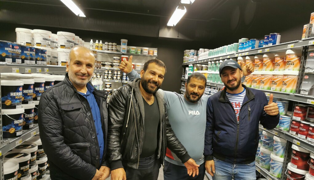Osama Hussain, Ahmad Alforaj, Mohammad Baker og Nidal Suleiman trives hos Happy Homes
