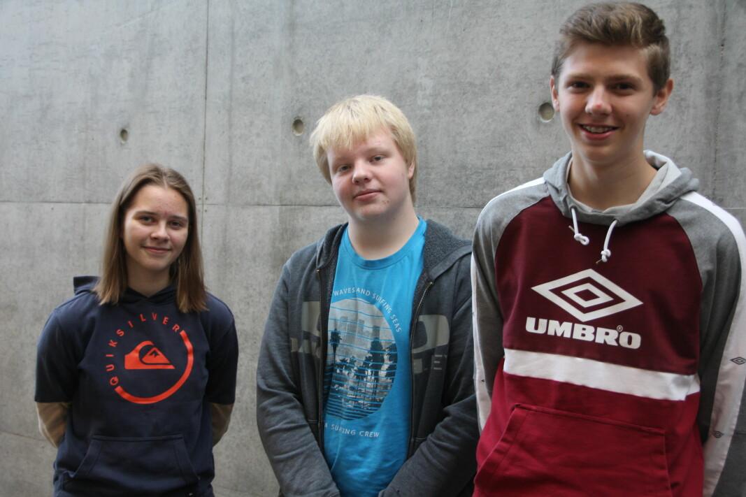 Jannicke Valstad Stenberg, Arne Berg og Martin Kvande-Talgø representerte Surnadal ungdomsskule i Klassequizen.