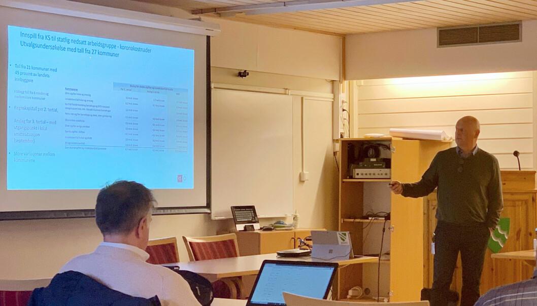Kommunedirektør i Surnadal, Knut Haugen, la tysdag fram eit konkret forslag om å kutte 16 millionar kroner i kommunedrifta for 2021, og skisserer kutt for nye 15 millionar i 2022.