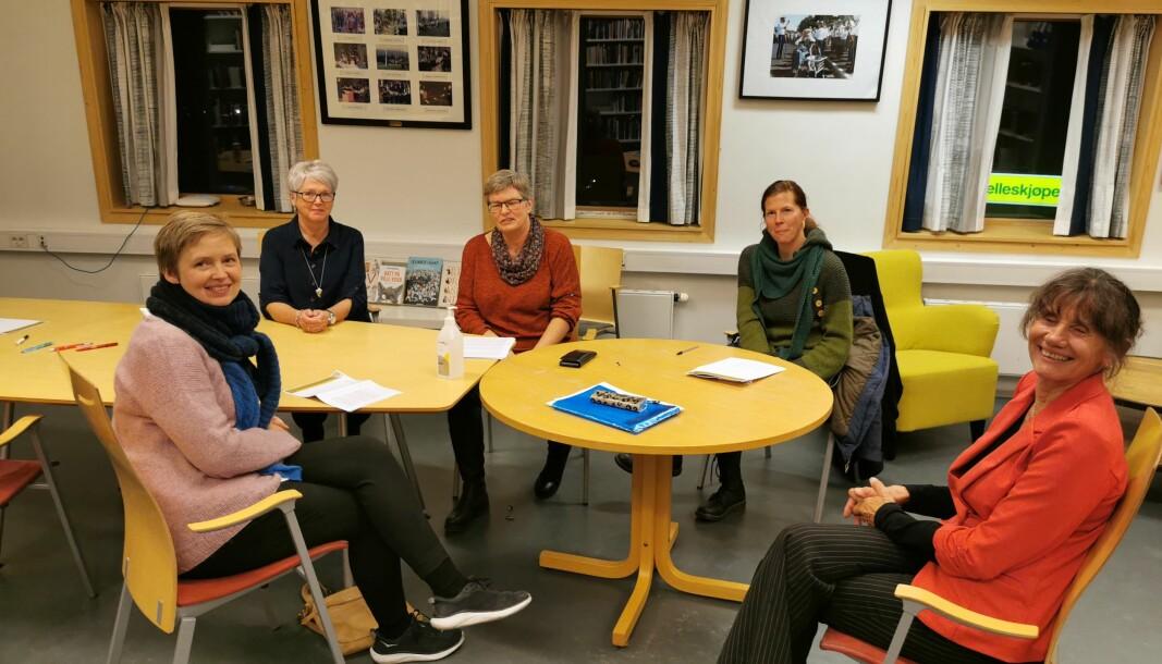Fra venstre: Anne Saltrø Polden Inger Anne Sunde, Siv Oddrun Snekvik, Lisa Forslund og Kirsti Hjørnevik