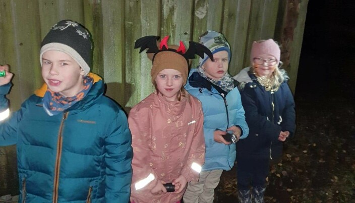 Søskebarn: Jonas Lindvåg Sande, Amalie Kirkholt Lindvåg, Nicolai Lindvåg Sande og Malin Lindvåg Dahlen