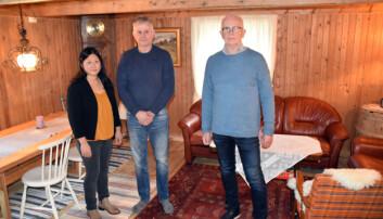Steinar Johnsen (t.h) fra Innovasjon Norge var på plass på åpningsdagen.