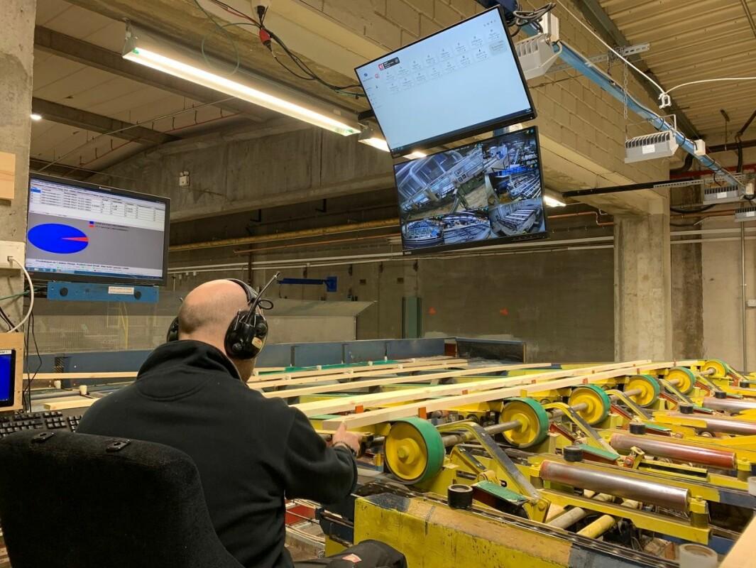 Gode data: Operatørene følger produksjonen fortløpende. Dataene fra sensorene er gode verktøy for å optimalisere prosessen.