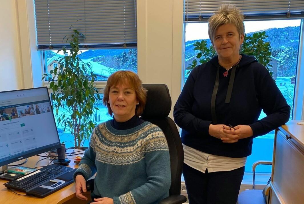 Næringsrådgiver Grete Elshaug og IKT-ansvarlig Tove Schei er glade for å kunne tilby avtalebestilling på en enda enklere måte.