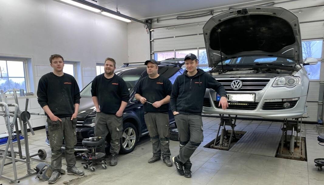 F.v. Leon Løften, Romund Korshamn Bakken, Tor Ivar Møkkelgård og Lars Ole Heggem hos Midt-Norge Autolakk