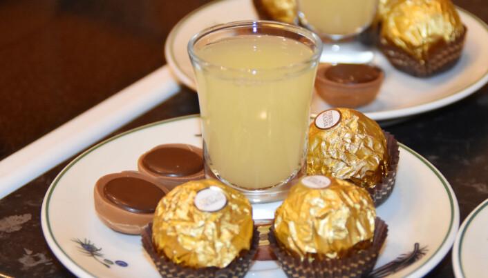 Ingefærshot og sjokolade som velkomstrett