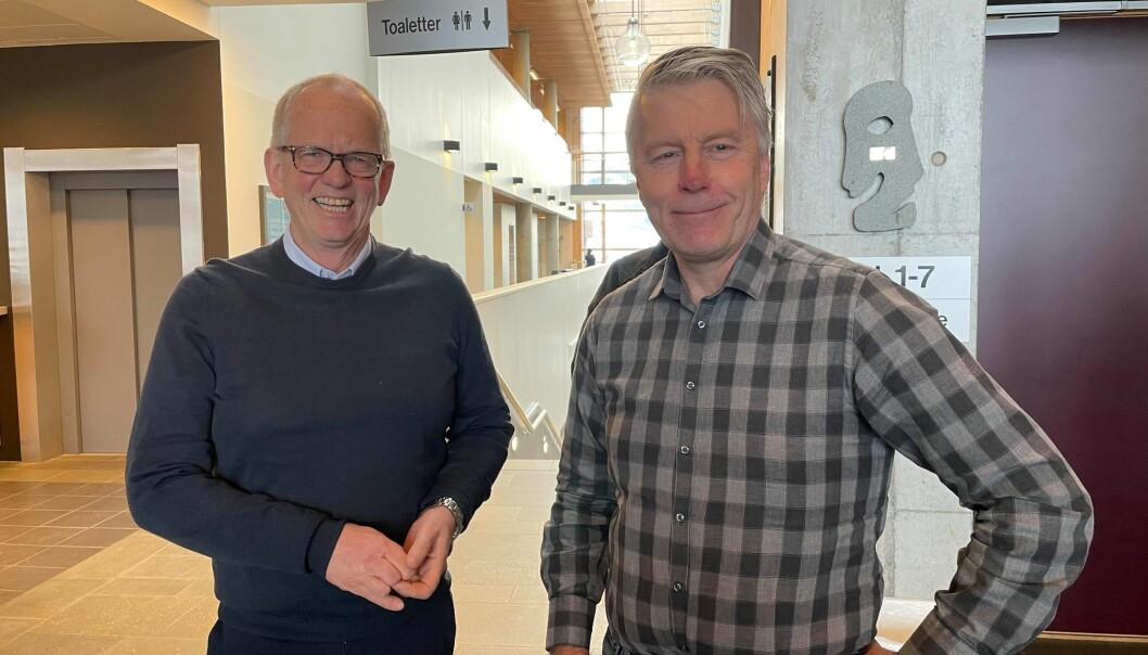 Magne Løfaldli (t.v.) fra Innveno og Per Anders Folladal i Proneo vil opprette og fasilitere to digitale kompetansesentre i Surnadal og Verdal.