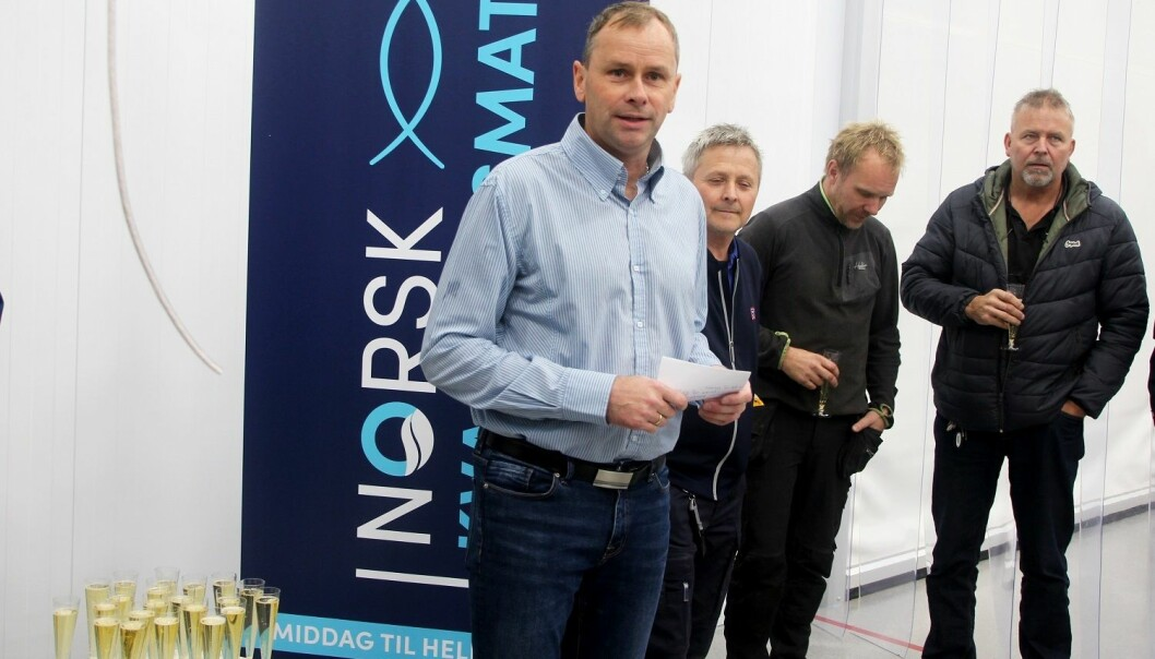 Ivar Næss og resten av de ansatte ved Norsk Kvalitetsmat har grunn til å feire etter 1. og 2. plass i NM i Sjømat.