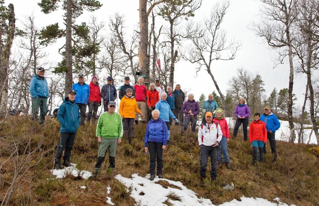 23 turgåere fikk en trivelig tur til Duvåsen!