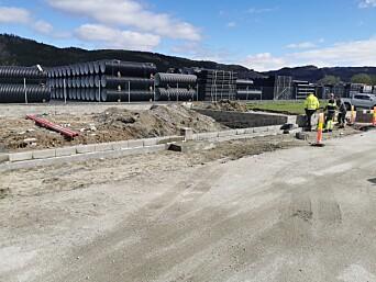 Trollheim As bygger også nytt lagerbygg i Røtet, her skal det blir plass til blant annet trelast