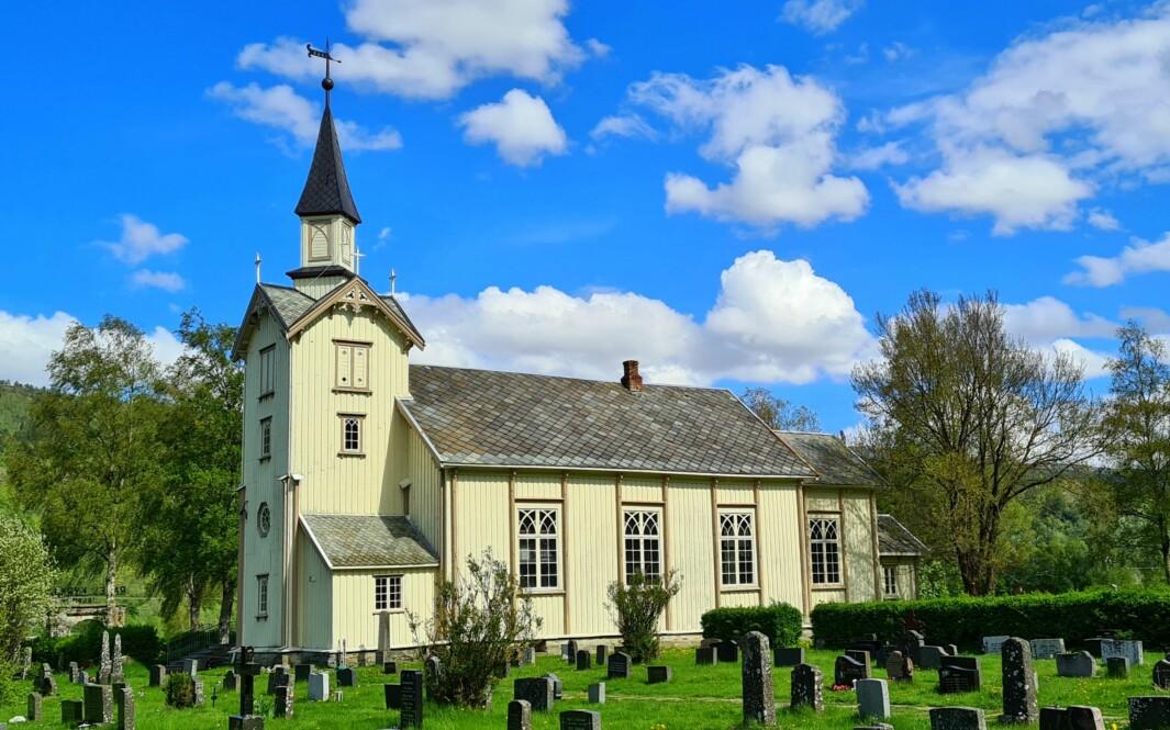 Ranes kyrkje, mål for pilgrimsvandring.