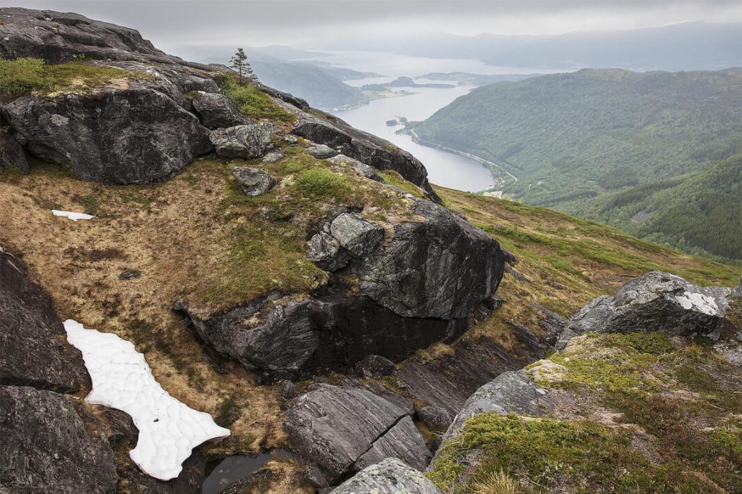 Utsikt til Valsøyfjorden