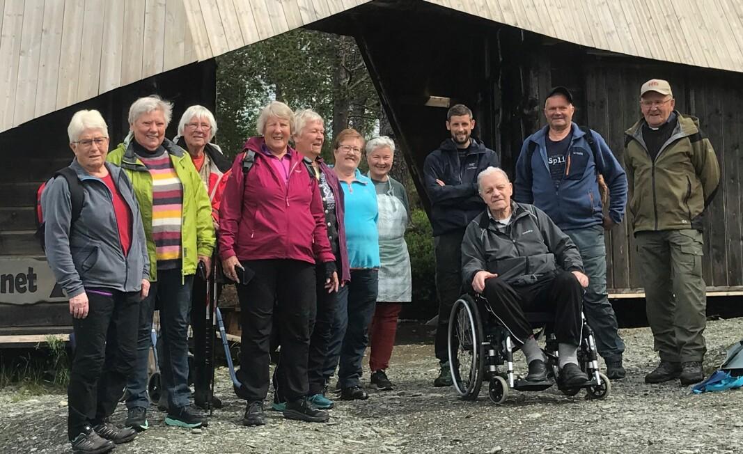 Turdeltakerne er kommet til Trollheimstunet og ønskes velkommen.