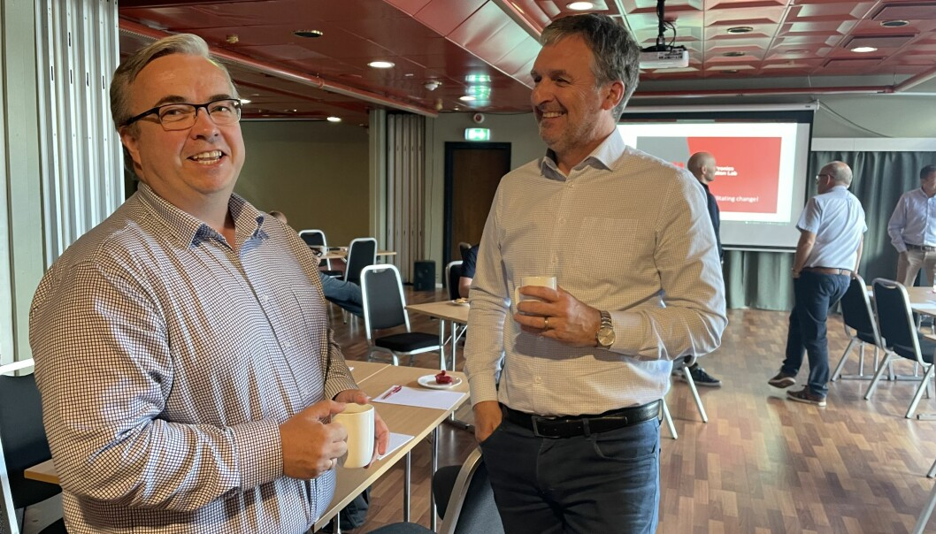 Administrerende direktør Ingar Fredriksen i El-Watch og styreleder Trond Skogseth i KIAS var blant deltakerne på samlingen.