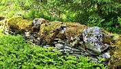 Fin steinmur ved allmannvegen