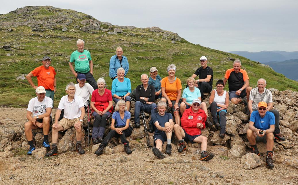 21 turgåere fikk en variert og innholdsrik fjelltur. Kjempeartig!