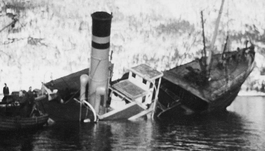 Dramatisk: Rutebåten «Statsraad Riddervold» forliste i Bøfjorden i mars 1944.