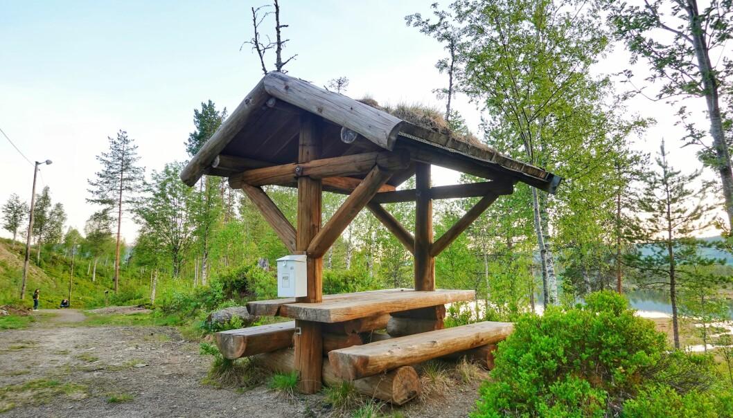 Trimboksen på kvilebenke austom Igltjønna har blitt erstatta med appen Trimpoeng, og er det lettest tilgjengelige og mest best besøkte turmålet i Rindal.