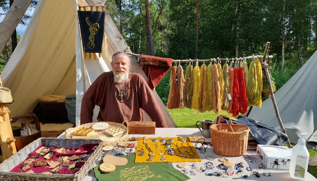 Møre Frie Vikingar har etablert vikingmarked på Igltjønna.