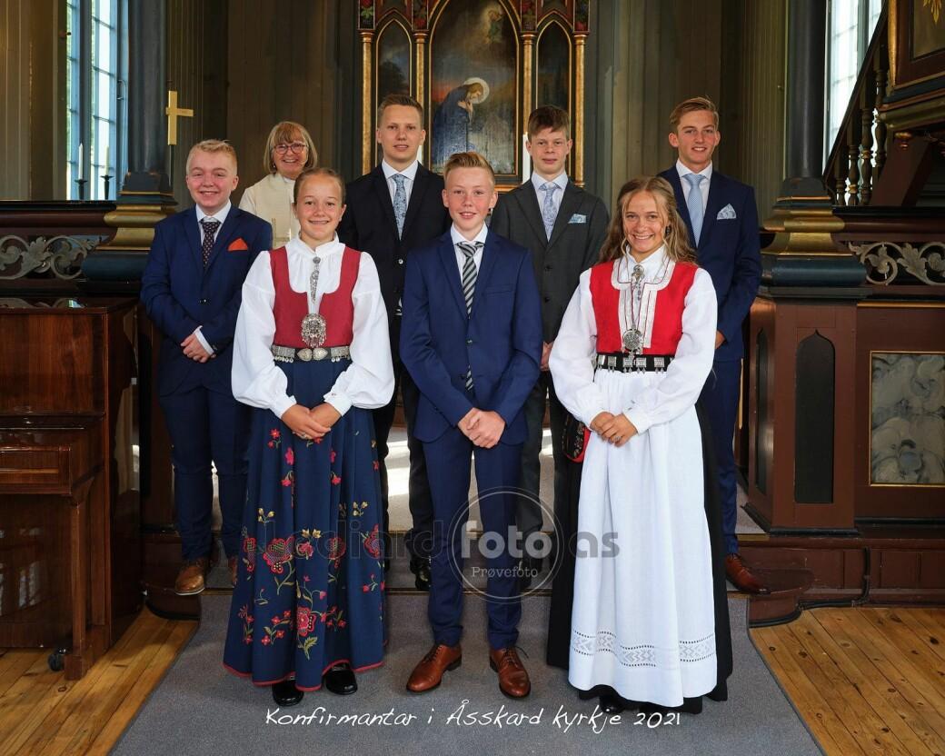 Konfirmanter i Åsskard kirke 2021