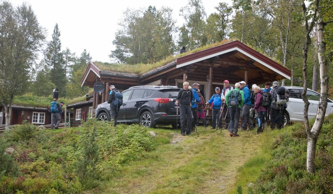 Vi begynte å gå fra Børsetsetra og hytta til Helge og Inger Sæther, som vi ser her.