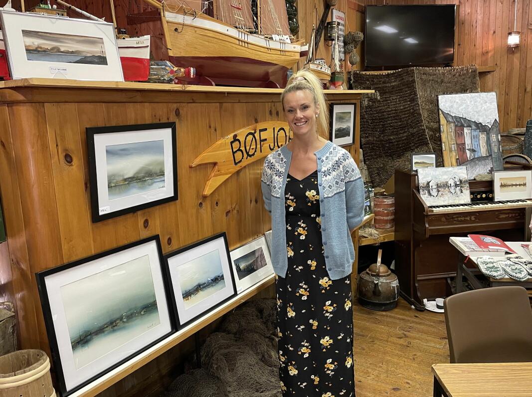 Gjertrud Heggem stilte ut akvarellar og oljemåleri. – Storfornøgd med responsen og salget! sa ho.