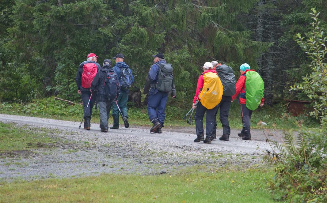 Da vi nærmet oss gapahuken ved Rørvatnet, fikk vi en periode med oppholdsvær. Ellers regnet det mer eller mindre på hele turen.