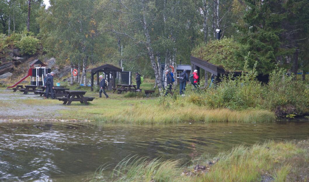 Rørvatnet Vel har laget et kjempebra anlegg ved Rørvatnet. Idyllisk plass!