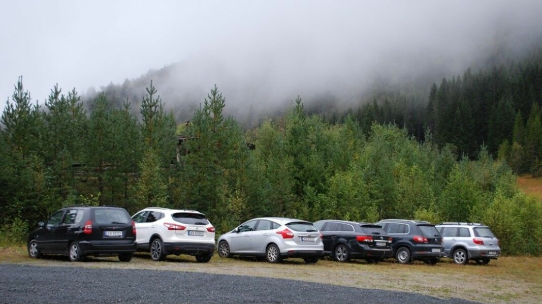 Så var det bilparken, og alle kom seg opp den bratte Kvendbøkleiva