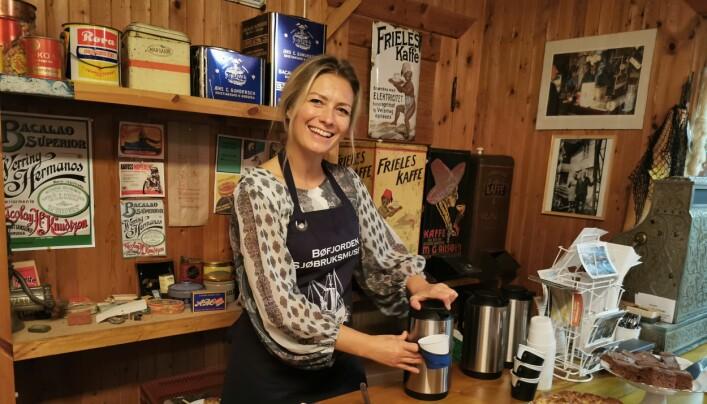 Gunhild Vetleseter Bøe var blant dem som sørget for mat og kaffe til gjestene