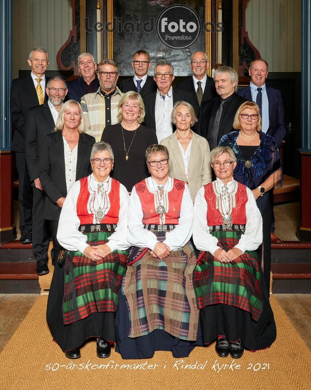 50-årskonfirmantane i Rindal kirke 12. september 2021.