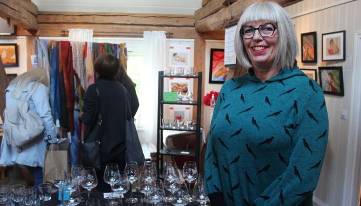 Margit sine håndgraverte glass passer ypperlig som personlige gaver