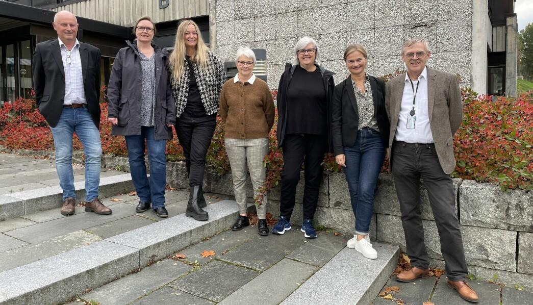 Knut Haugen (f.v.), Gunhild Eidsli, Anne Lise With Wullum, Gunn Bredesen, Astrid Mogstad Høivik, Margrethe Svinvik og Bjørn Buan.