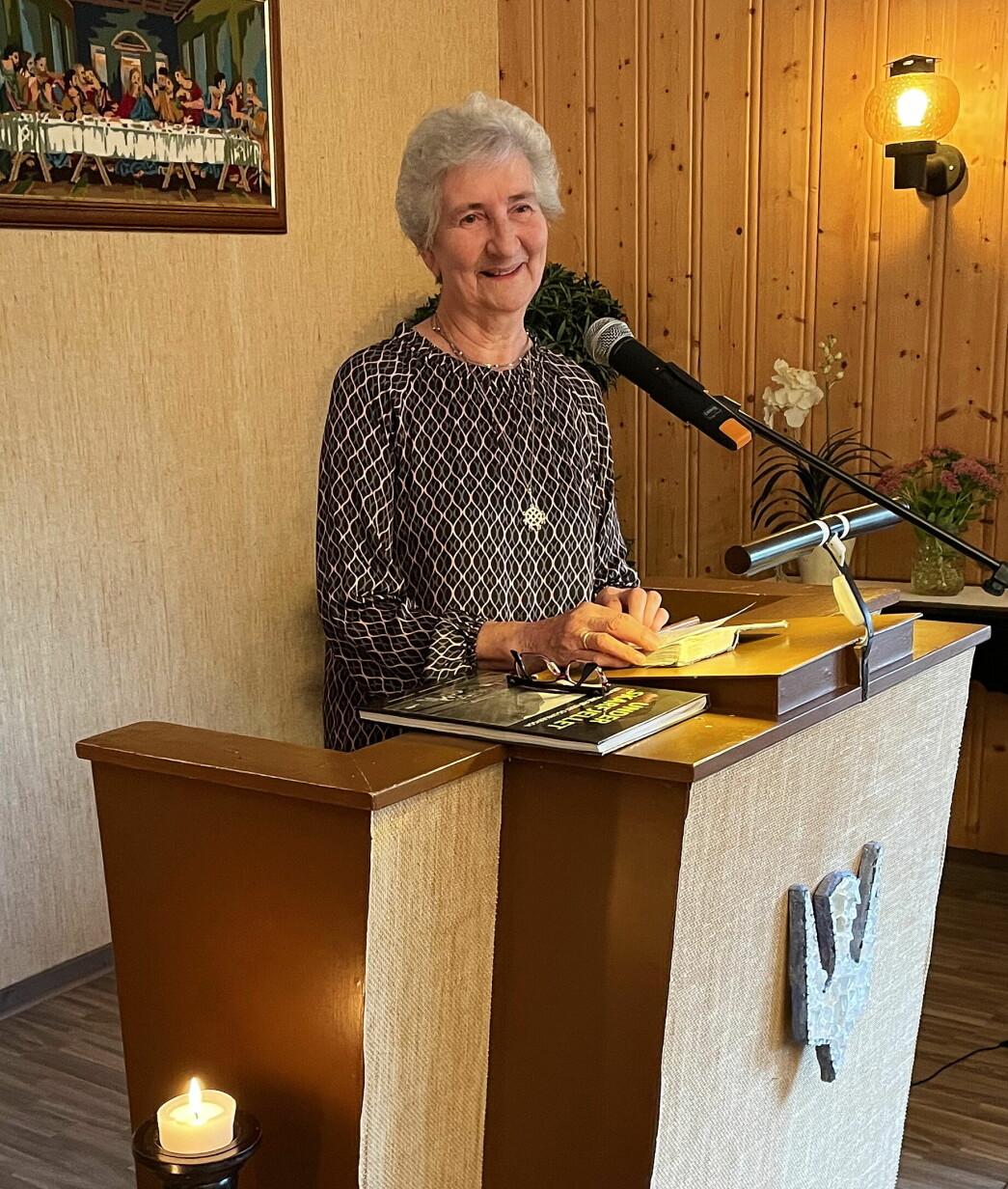 Ragnhild Mikkelsen formidla levande inntrykk frå arbeidet i Eidet Misjonsforening.